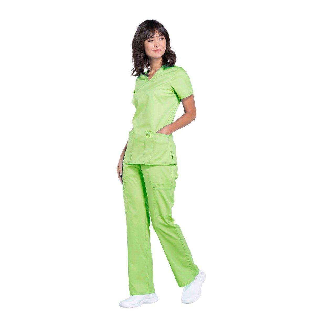 Женский медицинский костюм Revolution светло-зеленый